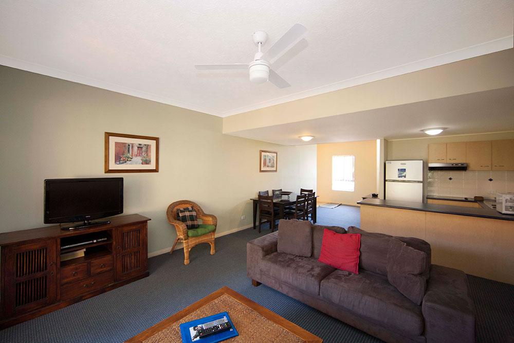 2-Bedroom-Villa-Lounge-kitchen